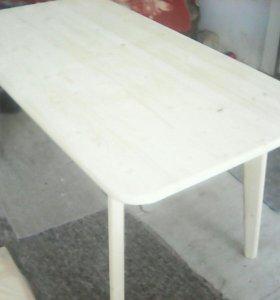 Стол деревяный