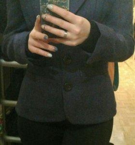Пиджак шерстяной 42-44 р