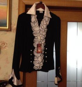 Новая с бирками нарядная блуза, р. 46-48