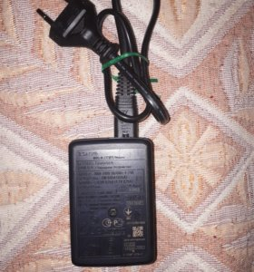Зарядное Sony BC-CSN