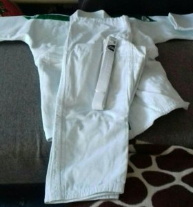 Белое кимоно Green Hill