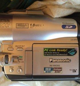 Видеокамера и фотоаппарат Panasonic NV-MX300
