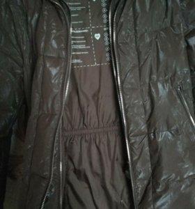 Красивая Куртка на сейчас.
