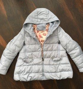 Легкая весенняя куртка( пуховик)