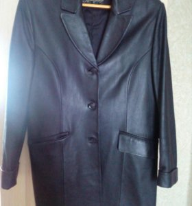 Пиджак кожанный.