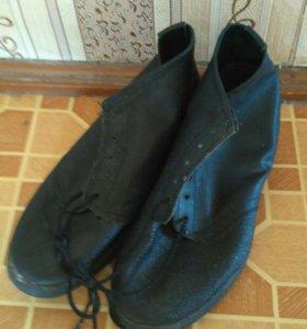 Ботинки кирзовые новые