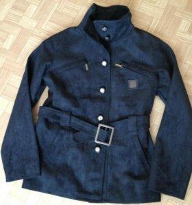 Куртка с этикеткой ЕArmani США