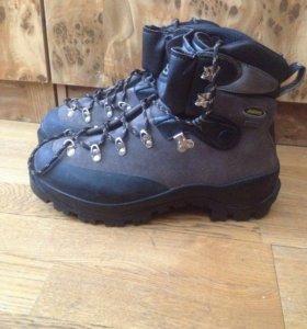 Горные ботинки Asolo