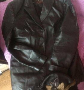 Пиджак, Пальто и шапка в идеальном состоянии