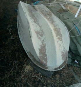 Лодка плоскодонка.