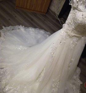 Продам свадебное платье и костюм