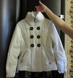 Куртка новая .весенняя