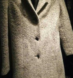 Пальто букле.