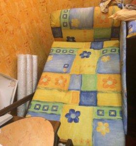 Кровати спальные