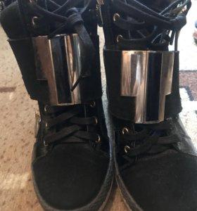 Обувь сникерсы 38 размер