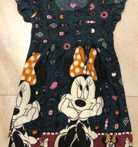 Новое шерстяное платье с Микки Маус