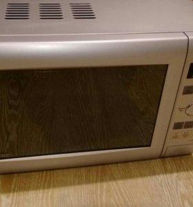 Микроволновка Panasonic NN-GD 366 M
