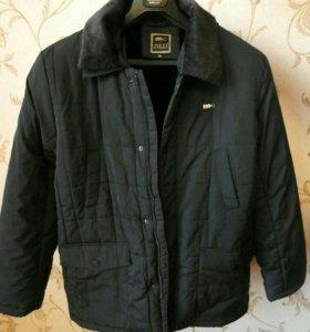 Фирменная демисезонная куртка,новая с ярлыками