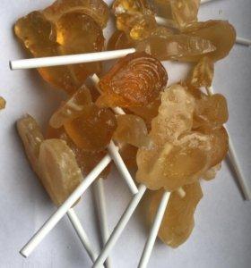 Сахар, отходы конфетного производства.