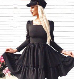Чёрное платье пышное миди