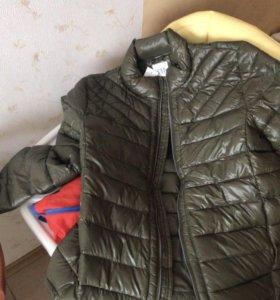 Куртка GAP НОВАЯ