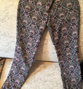 Стильные брюки , по фигуре, хорошего качества .