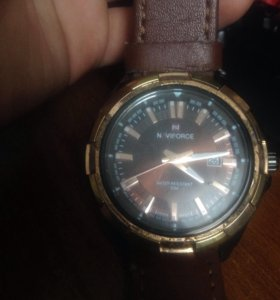 Продам часы Naviforce
