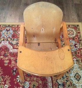 Продам стульчик для кормления возможна доставка
