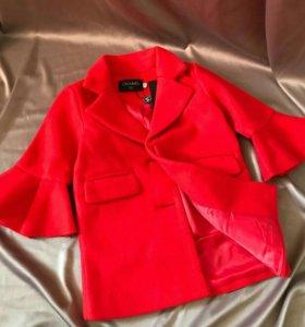Куртка пальто плащь на девочку Chanel