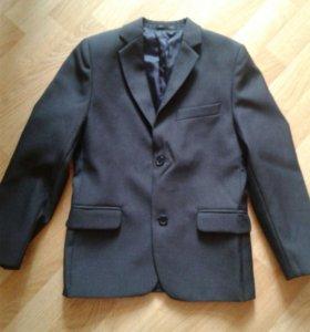 Школьный пиджак размер128-134