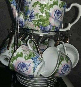 Сервиз чайный с чайником