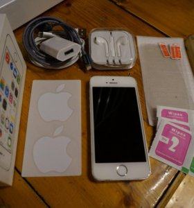 iPhone 5s 64gb + аксессуары