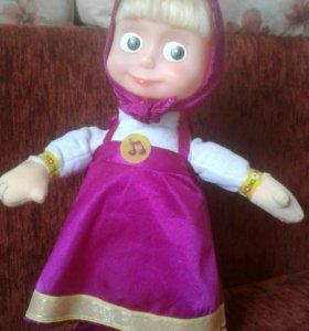 Поющая  и танцующая кукла Маша