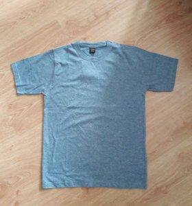 Новая мужская футболка 44-46