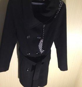 Пальто в отличном состоянии торг
