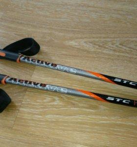 Лыжные палки универсальные 135см.