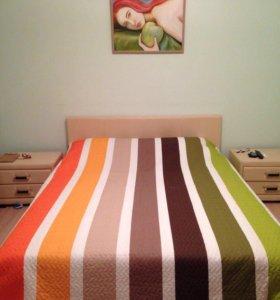 Кровать двуспальная и тумбы