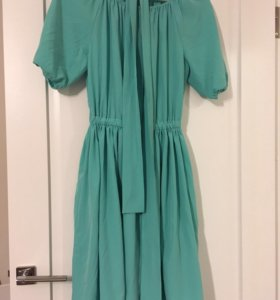 Легкое платье M