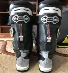 Горнолыжные ботинки Tecnica Cochise90