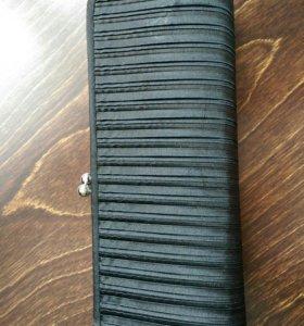 Черный тканевый клатч