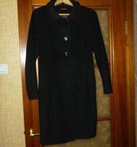 Пальто Bizzarro шерсть,демисезонное