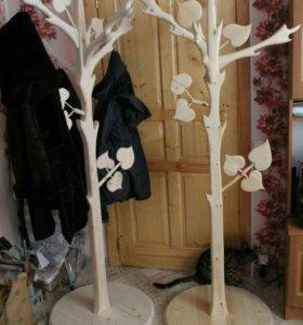 Вешалки (дерево)
