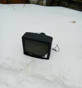 Телевизор Samsung корейской сборки.