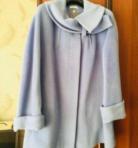 Продам пальто демисезонное шерсть 70%