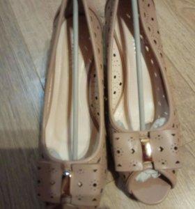 Новые модные туфли
