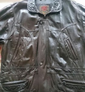 Куртка кожаная осень- зима