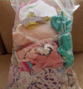Пакет вещей для девочки с рождения