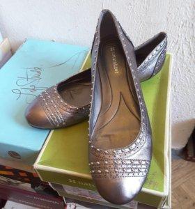 Новые женские туфли NATURALIZER( р.40)