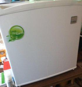 Daewoo мини холодильник