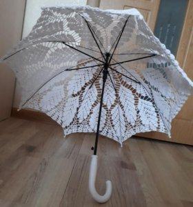 Белоснежный зонт связанный крючком